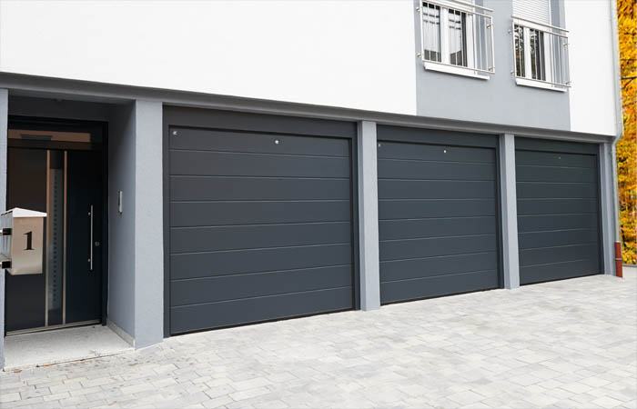 Medium panel - Smooth RAL7016 (anthracite grey) - V3000